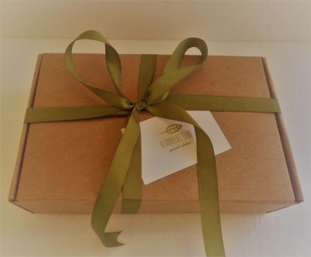 caja por fuera packaging Alándalus Club