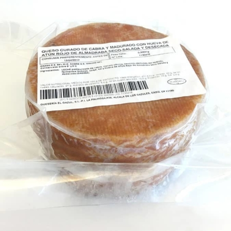 queso de cabra con hueva desecada de atún rojo